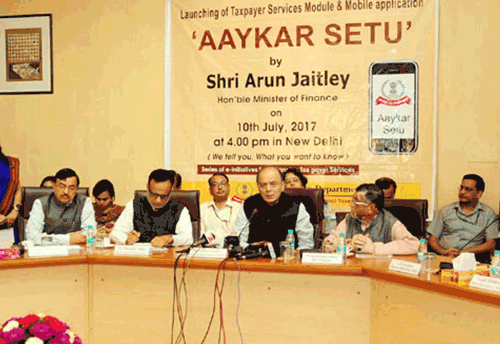Jaitley launches Aaykar Setu to enhance e-access to taxpayers
