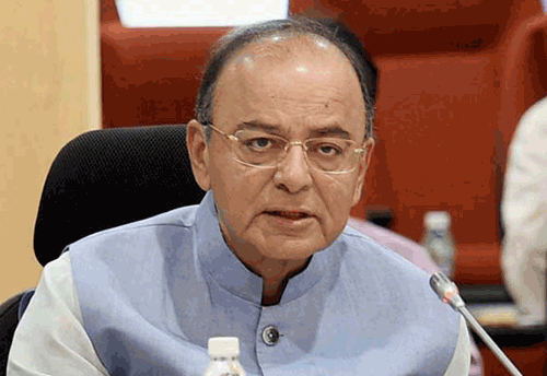 Finance Minister hints change in Fiscal Year, Industry welcomes the move