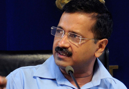 Kejriwal assures full support to Delhi's protesting traders