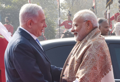 Netanyahu in India delegation includes 102 businessmen from Israeli companies