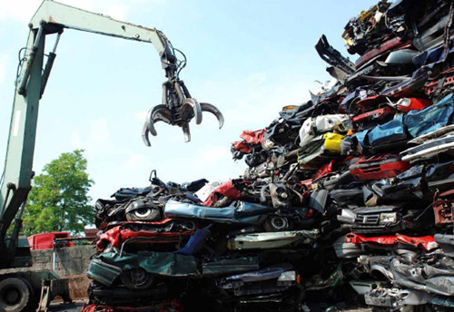 Govt planning to set up 20 vehicle scrapping centres to help reduce imports