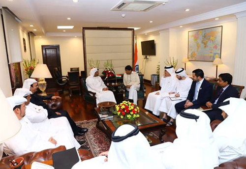 UAE delegation calls upon Industry Minister Prabhu, discussed cooperation in service sector - SMEs