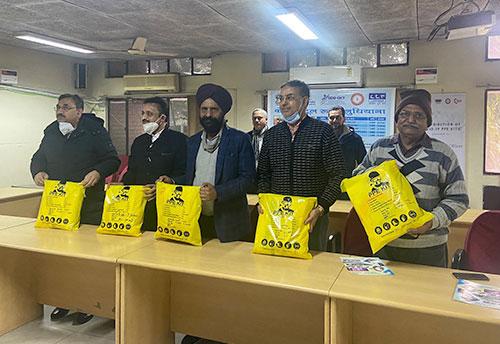 Ludhiana Biz association with GIZ donate 1950 PPE kits