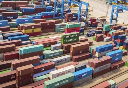 Self-sealing of containers for GST made easy for exporters