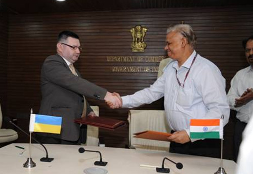 India-Ukraine signs protocol to review trade & cooperation in field of SMEs