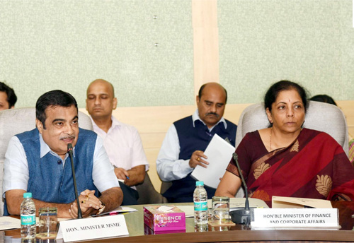 Sitharaman, Gadkari hold meeting with MSME associations; delayed payment, 59 min loan discussed in detail