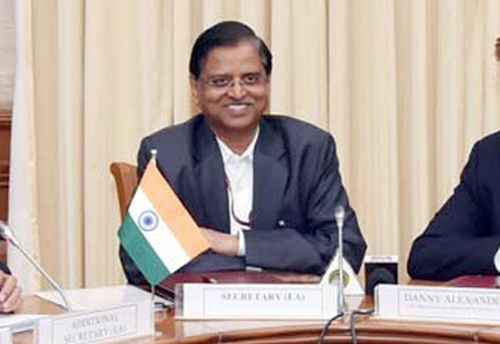 Structural reforms helping Indian economy in maintaining robust growth despite challenges: DEA Sec