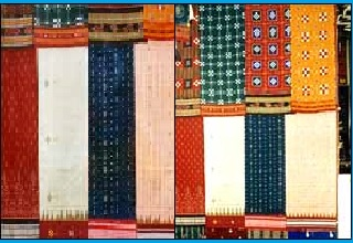 13th National Handloom Expo showcases a variety of silk, cotton fabrics